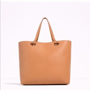 Zara large tote bag. Available only in nude.